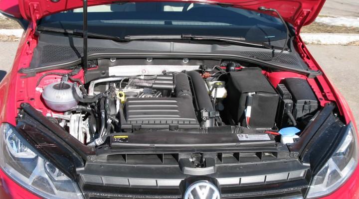 VW_Golf_7_engine